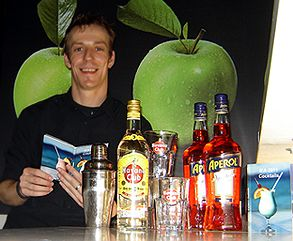 The Flying Barkeeper @ IFA Messeauftritt - Angebote für Geschäftskunden