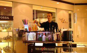 The Flying Barkeeper @ CHRIST Juwelier im Sterncenter - Angebote Business-Events